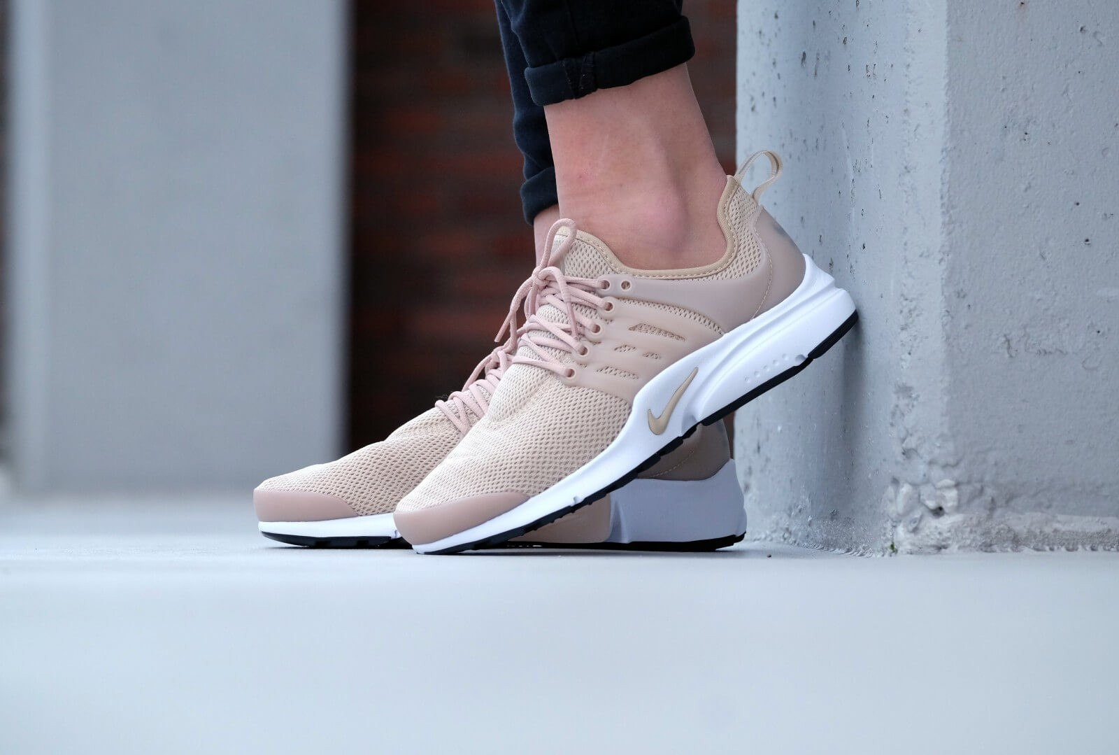 new concept c3d18 911a2 Nike Air Presto Fly Femme ... Nike Air Presto - Baskets Nike Femme  Linen Linen Noir Blanc C1x623 - Chaussures Nike Femme